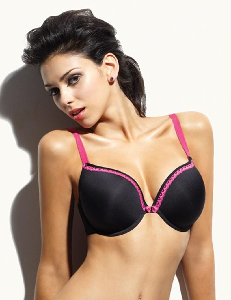 Cleo Jude : Moulded T-Shirt Bra-OUTLET - Black
