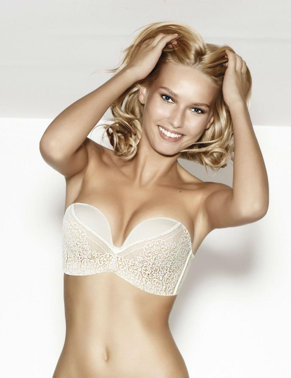 Wonderbra Ultimate Strapless lace Bra : W016N - Ivory