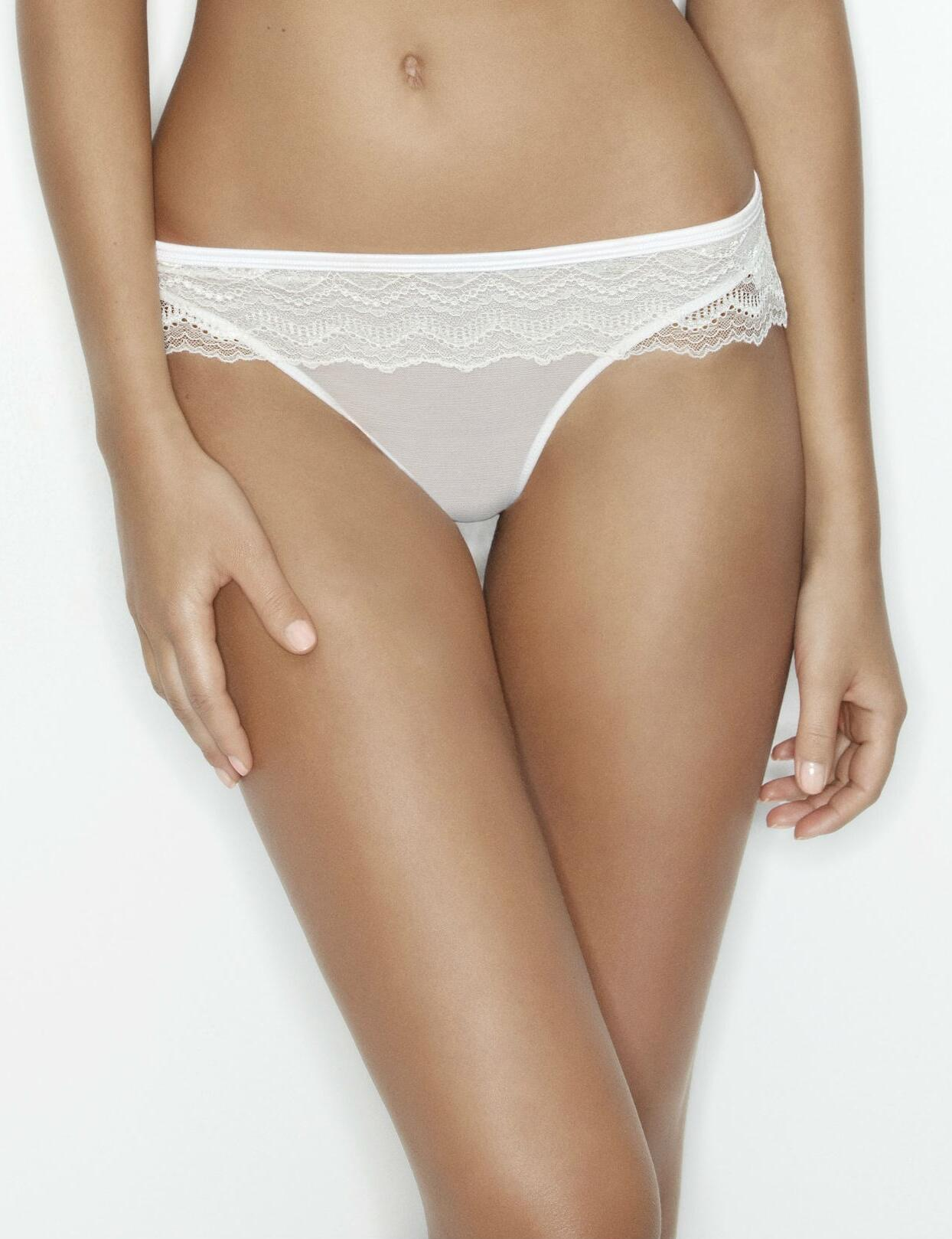 Wonderbra My Pretty Push Up : Lace Thong - White