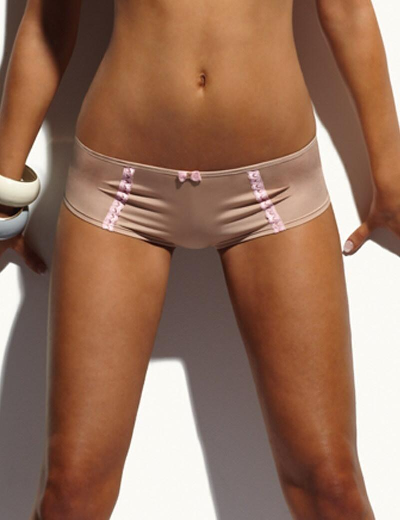Cleo Jude : Short-OUTLET - Nude